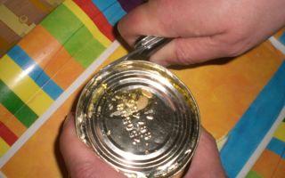 Как открыть консервную банку ножом и руками?